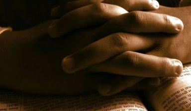praying02